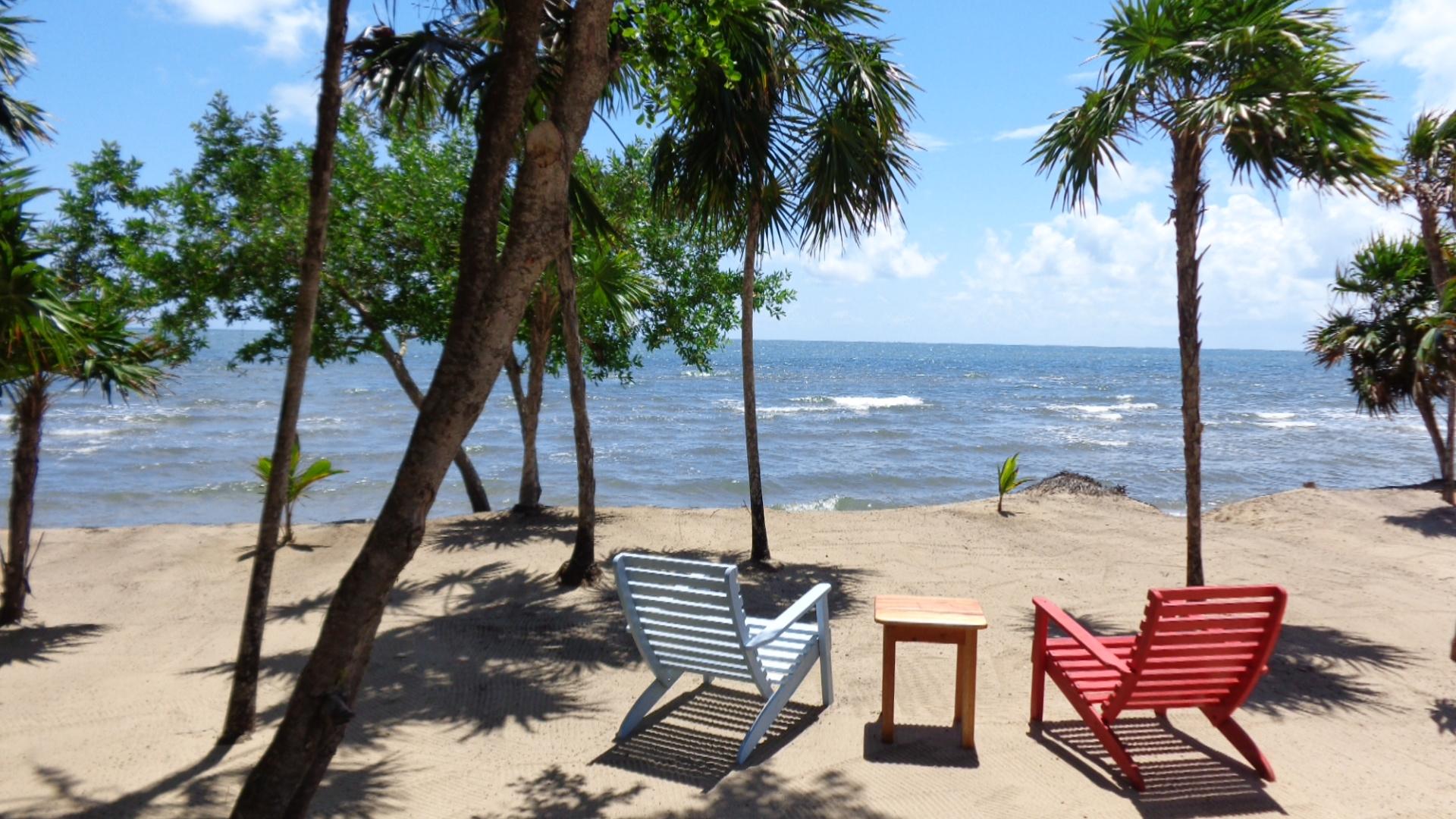 Tropical Island Beach Ambience Sound: Hopkins Belize Vacation